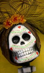 About Town: See Day of the Dead catrinas or a play, or take a cruise along the Mississippi River